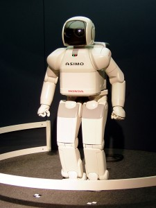 """HONDA ASIMO"". Lizenziert unter CC BY-SA 3.0 über Wikimedia Commons."
